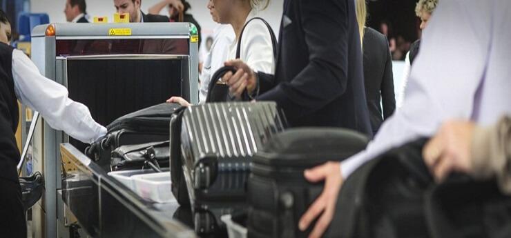 Bagajele de mână ce pot fi luate în avion, mai mici cu 39 procente
