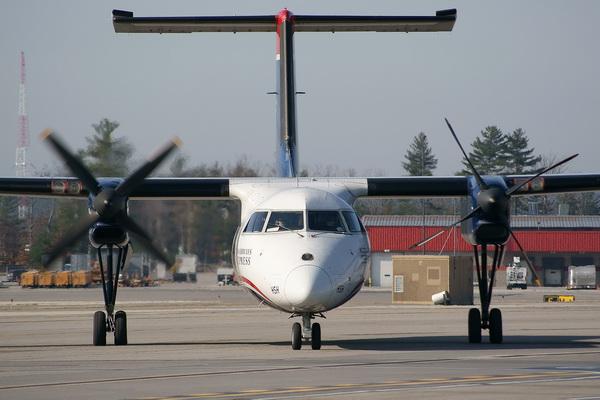 DHC8 Dash 8-100/DHC8 Dash 8-200