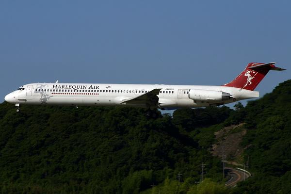 Douglas MD-81