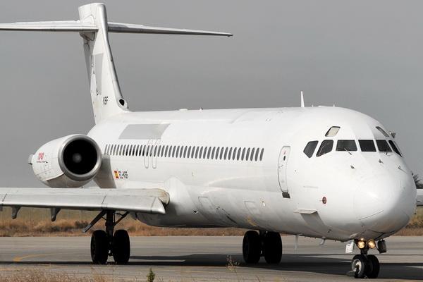 Douglas MD-87